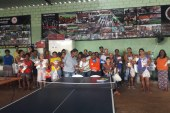 Distribuição de Alimentos doados pelo Mocca